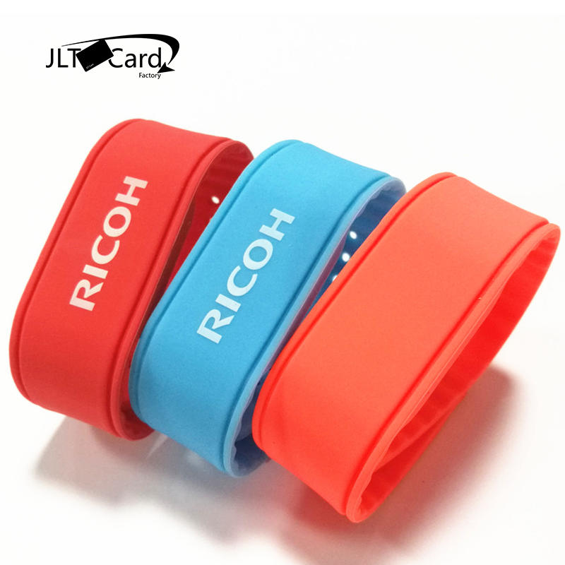 Customized professional 13.56MHz waterproof Silicone NFC RFID ticket wristband Bracelet with free samples