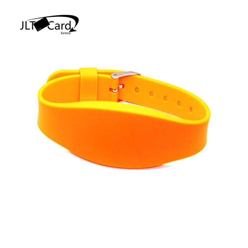 Free sample custom printable smart rfid bracelet passive silicone nfc wristband NTAG213 144bytes key tag rfid fitness wristband